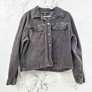 Excitation Vintage Chambray Button Up Crop Top